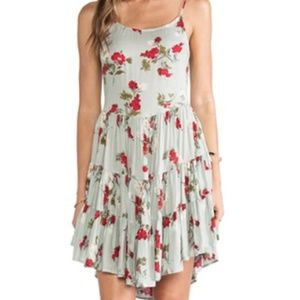 Intimately Free People Circle of Flowers SZ L